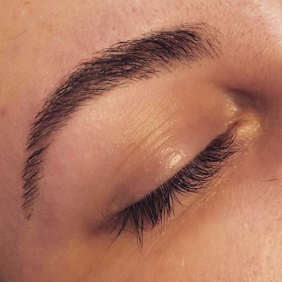 Eyebrow Waxing In Salem Oregon By Maquillage Llc Salem Oregon
